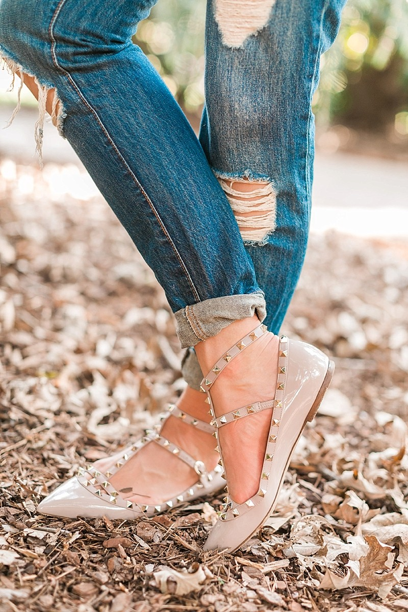 blush and camo. style blog, fashion blog, casual style, fall fashion, how to style, style tips, valentino flats
