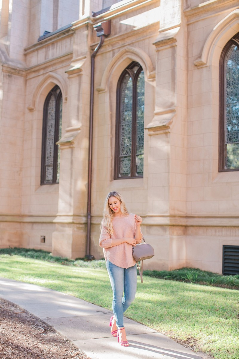 blush and camo, lou and grey, casual style, H&M denim, jemma handbag, jemma purse
